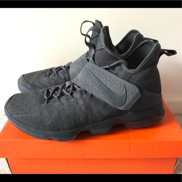 sale retailer aca4a 32cf9 Nike LeBron XIV 14 Zero Dark Thirty Bball Shoe